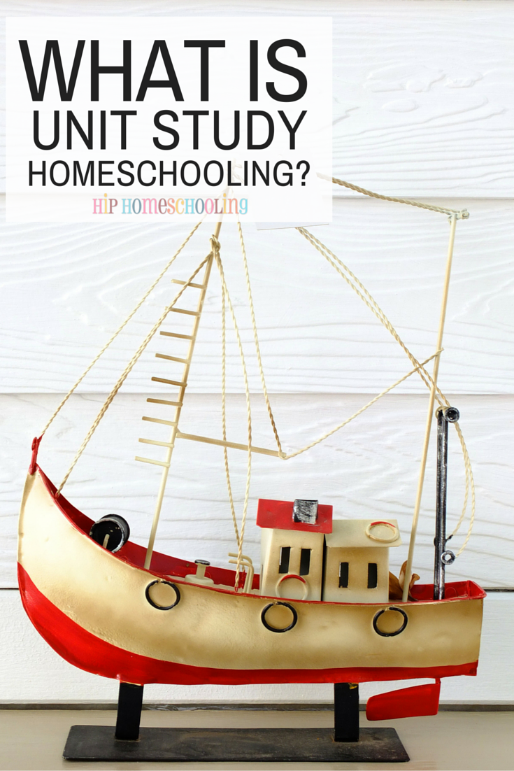 What is unit study homeschooling? Come learn more about unit studies and why this approach is amazing for large families! Plus, if you don't know your homeschool style, take the free quiz! Unit Study homeschooling