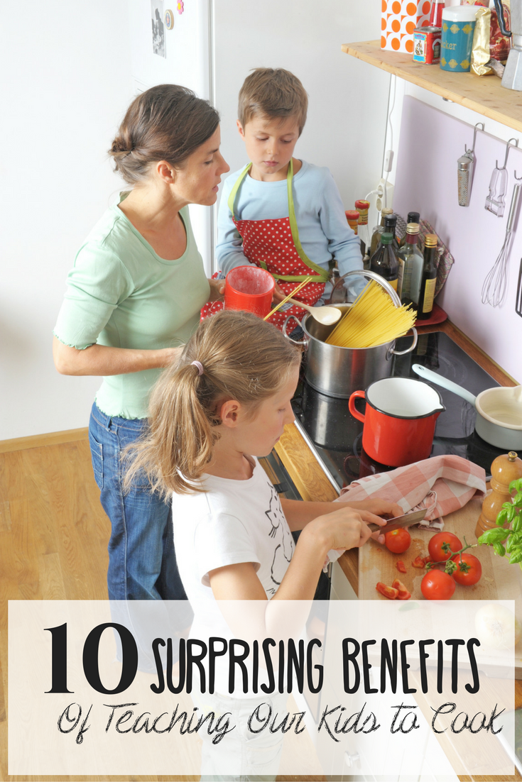 10 surprising benefits of teaching our kids to cook: it is WORTH the work you guys, and this is going to tell you why! Homeschool life skills | homeschooling life skills | homeschooling | homeschool tips | homeschool ideas | kids cooking | cooking with kids | kids cooking class | kids cooking class ideas | family cooking class| home cooking class | teaching kids to cook |