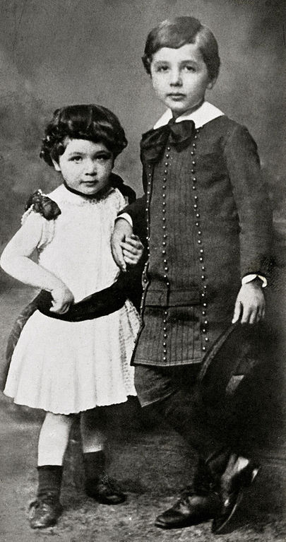 Maja_and_Albert_Einstein_c1886